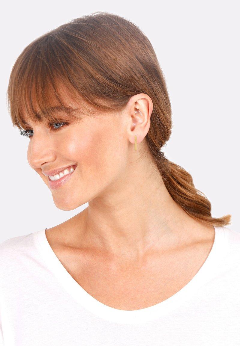 Elli - STAB GEO GEBÜRSTETE  - Earrings - gold