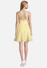 Vera Mont - Cocktail dress / Party dress - mellow yellow - 1