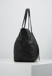 FREDsBRUDER - AHE PEP - Velká kabelka - black - 3