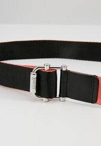 Tommy Jeans - WEBBING BELT 3.5 - Belt - multi - 4