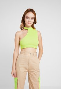 Missguided Petite - CUT OUT NECK CROP 2 PACK - Top - black/lime - 1