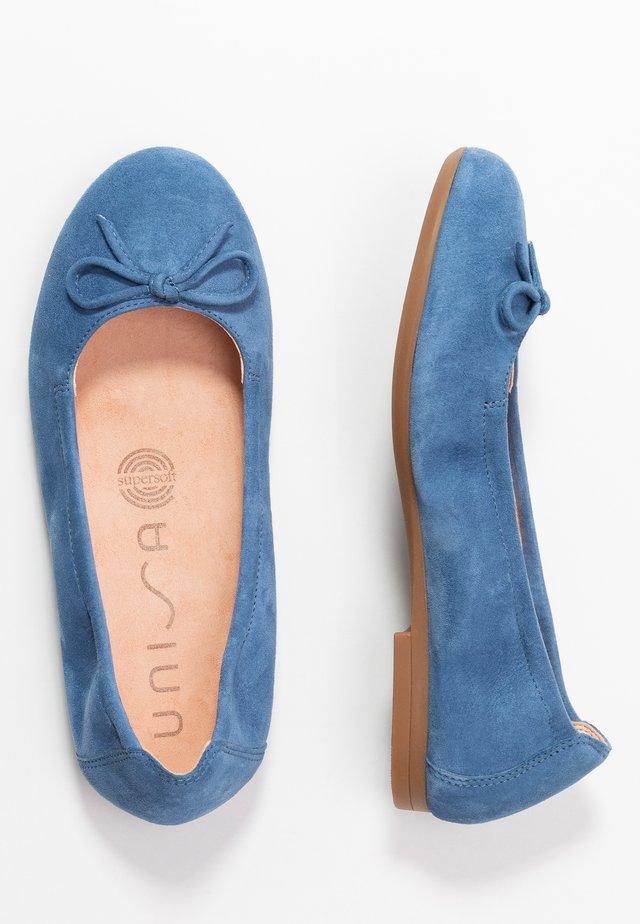 CRESY - Ballerina's - azure