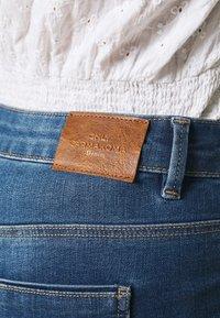 ONLY Carmakoma - CARSALLY LIFE - Jeans Skinny Fit - medium blue denim - 5