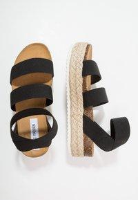 Steve Madden - KIMMIE - Platform sandals - black - 3