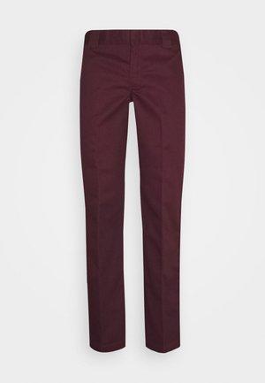 873 SLIM STRAIGHT WORK PANT - Spodnie materiałowe - maroon