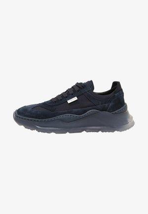 Sneakers laag - black, dark blue, red