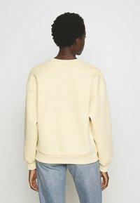 Gina Tricot - RILEY  - Sweatshirt - vanilla/tribeca - 2