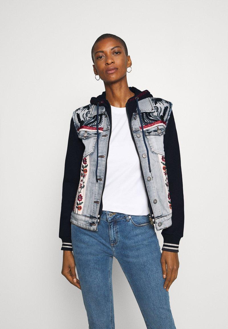 Desigual - CHAQ LIBERTE - Denim jacket - denim bleach
