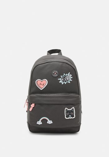 BACKPACK MILKY KISS PATCH PERFECT UNISEX