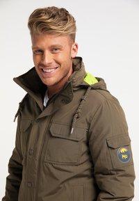 Mo - Winter jacket - militär oliv - 3