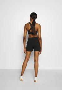 Cotton On Body - POST SHORT - Korte broeken - black - 2