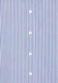 Lauren Ralph Lauren Woman - JAMELKO LONG SLEEVE - Button-down blouse - blue/white - 2