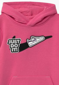 Nike Sportswear - GIRLS CRUSH IT HOOD - Hoodie - pinksicle - 2