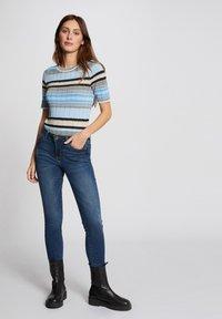 Morgan - Print T-shirt - light blue - 1