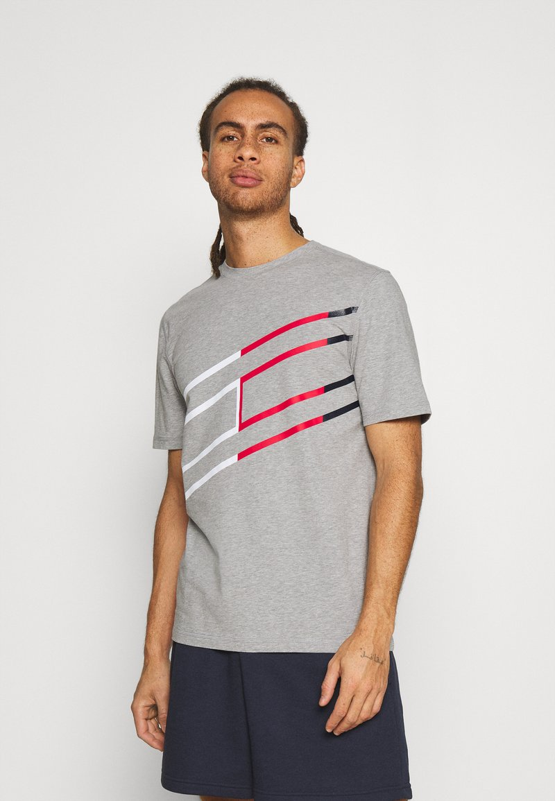 Tommy Hilfiger - GRAPHIC TEE - T-shirt med print - grey
