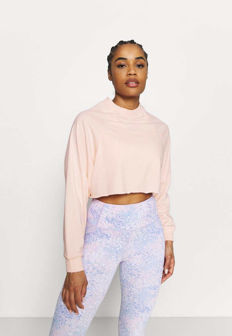 Cotton On Body - LIFESTYLE CROP RAGLAN  - Sweatshirt - fairy tale