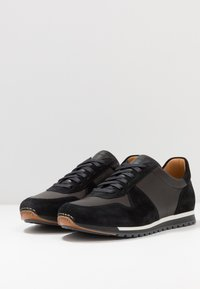 Magnanni - Trainers - black - 2