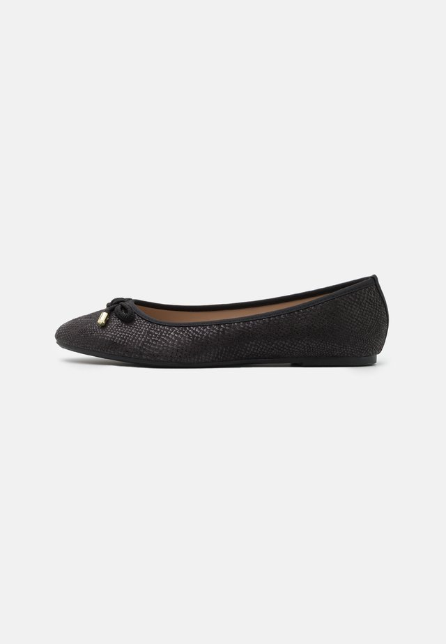 WIDE FIT - Ballet pumps - black