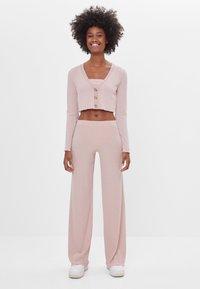 Bershka - Kalhoty - pink - 1