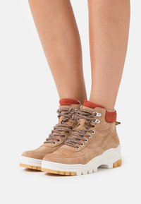 Tamaris - Ankle boots - sand - 0
