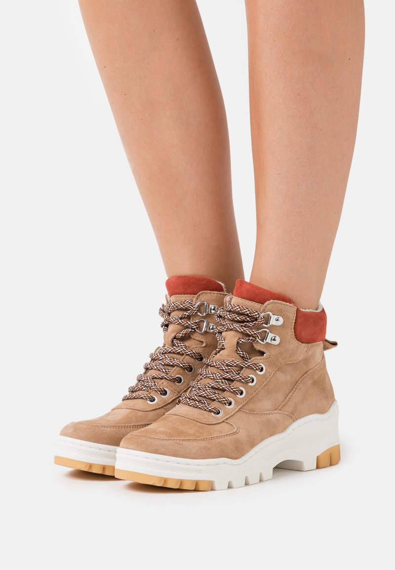 Tamaris - Ankle boots - sand