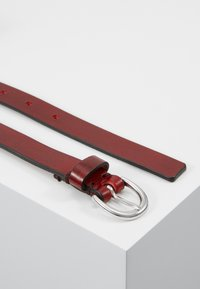 Royal RepubliQ - TOWN BELT - Belt - oxblood - 2