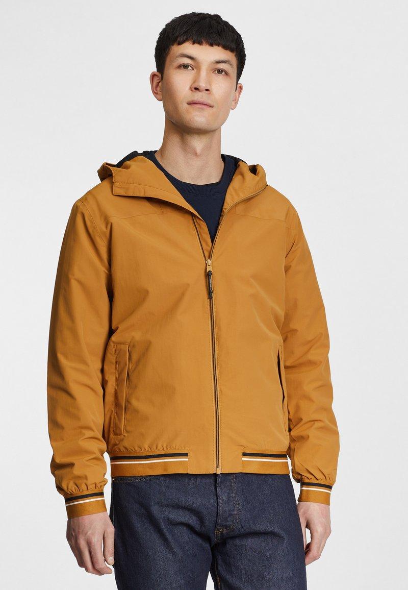 Timberland - COASTAL COOL - Zip-up sweatshirt - wheat boot