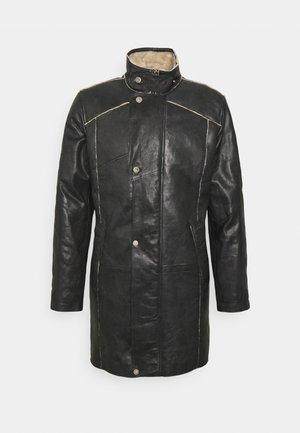 TORBEN - Leather jacket - black/beige