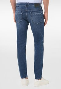 Pierre Cardin - LYON - Jeans Tapered Fit - mid blue - 2