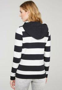 Soccx - ARTWORK - Zip-up sweatshirt - ivory / deep sea - 1
