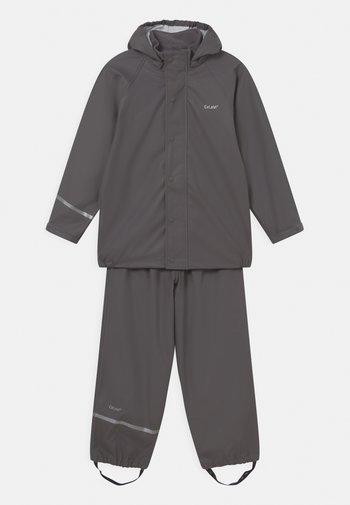 BASIC RAINWEAR SOLID SET UNISEX - Kalhoty do deště - grey