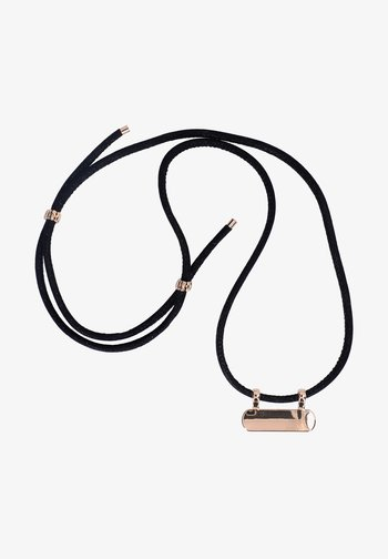Tech accessory - black plus