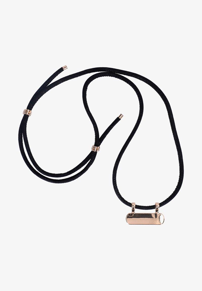 Six - Tech-accessoires - black plus