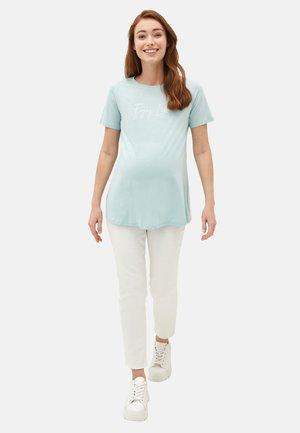 MATERNITY - Basic T-shirt - green