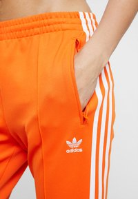 adidas Originals - Joggebukse - orange - 4