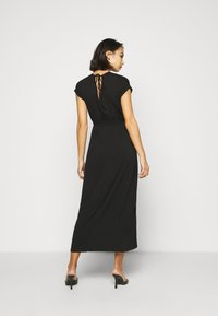 Dorothy Perkins Petite - ROLL SLEEVE DRESS - Maxi šaty - black - 2