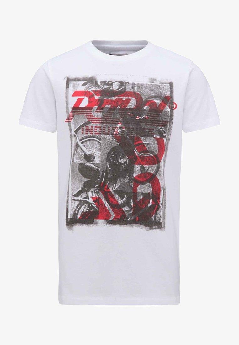 Petrol Industries - Print T-shirt - lava