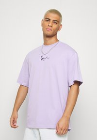 Karl Kani - SMALL SIGNATURE TEE - Basic T-shirt - lilac - 0