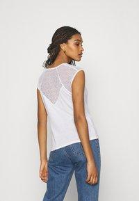 Morgan - DELAN - Print T-shirt - off white - 2