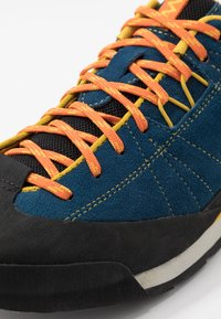 Merrell - CATALYST - Hiking shoes - sailor