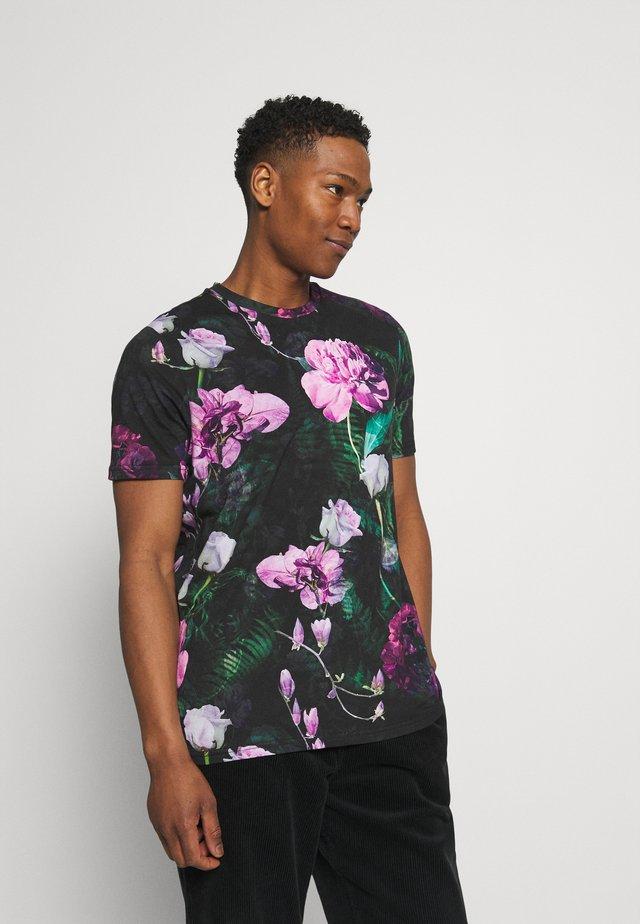 FACIONNE - T-shirt con stampa - black/pink