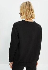 Trendyol - Sweatshirt - black - 2