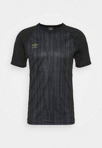 Umbro - PRO TRAINING ELITE GRAPHIC - Print T-shirt - black/carbon - 0