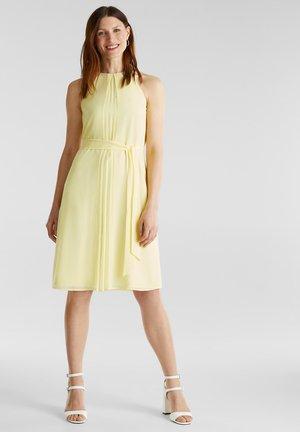 MIT GÜRTEL - Day dress - lime yellow