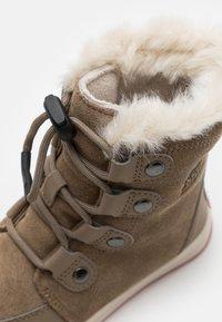 Sorel - YOUTH WHITNEY  - Winter boots - khaki - 5