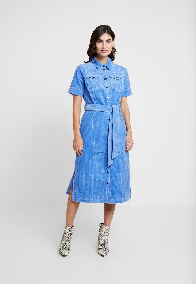 HELLEN - Shirt dress - regatta