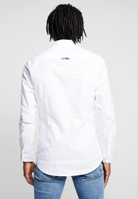 Tommy Jeans - OXFORD SHIRT - Košile - white - 2