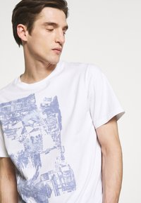 3.1 Phillip Lim - POSTCARD PERFECT TEE - T-shirt med print - white - 3
