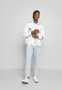CLOSED - X-LENT - Jeans Tapered Fit - light blue - 1