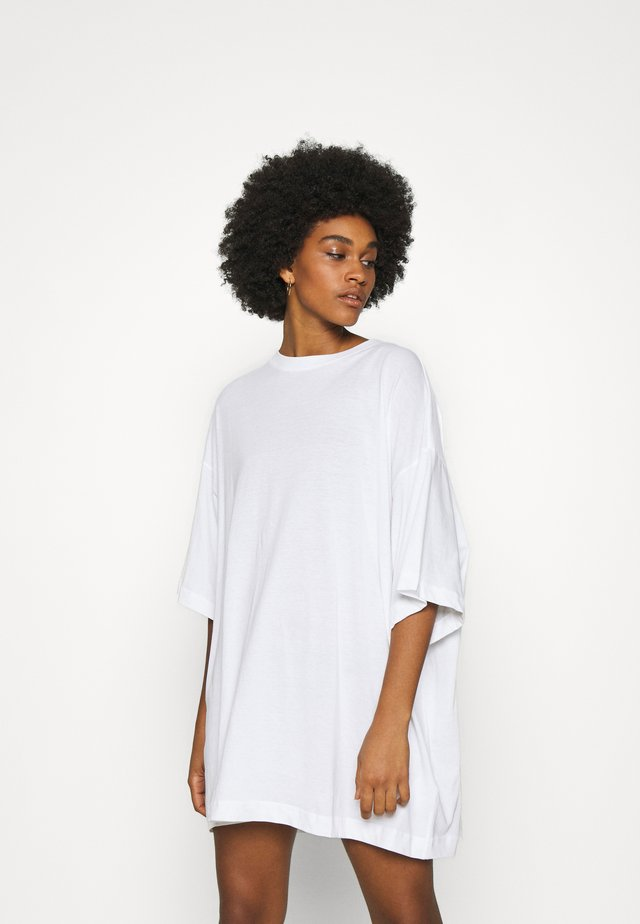 HUGE - T-Shirt basic - white